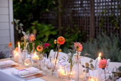 How To Make a Simple, Colorful Tablescape (5)